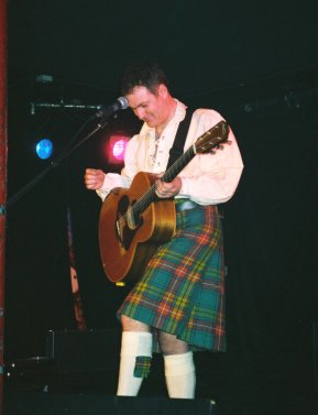 Nick at Edinburgh Venue, 26 April 2001 - photo by PLC